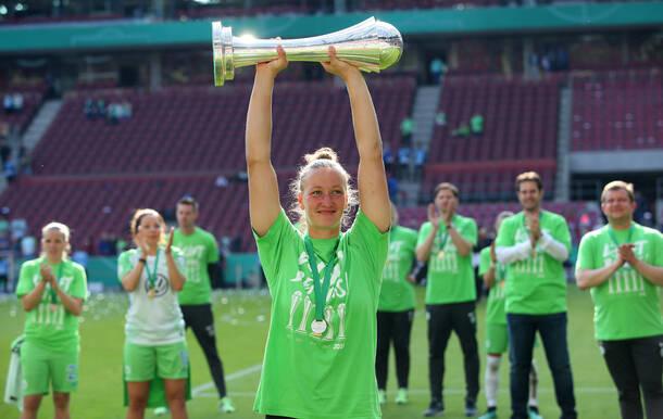 Almuth Schult, Impf-Botschafterin der DGKJ. Bild: VfL Wolfsburg/regios24.